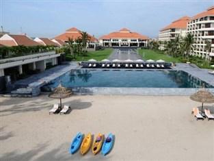 ngoai canh khach san Pullman Danang Beach Resort